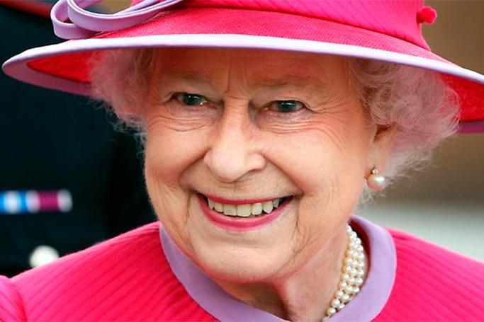 II Elizabet BREXİT-i təsdiqlədi